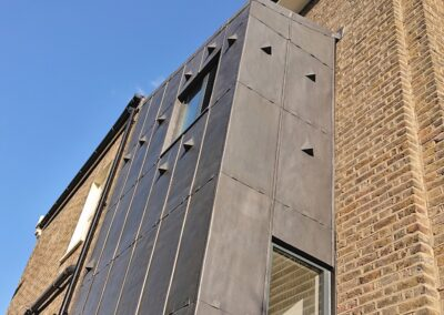 lead cladding side extension